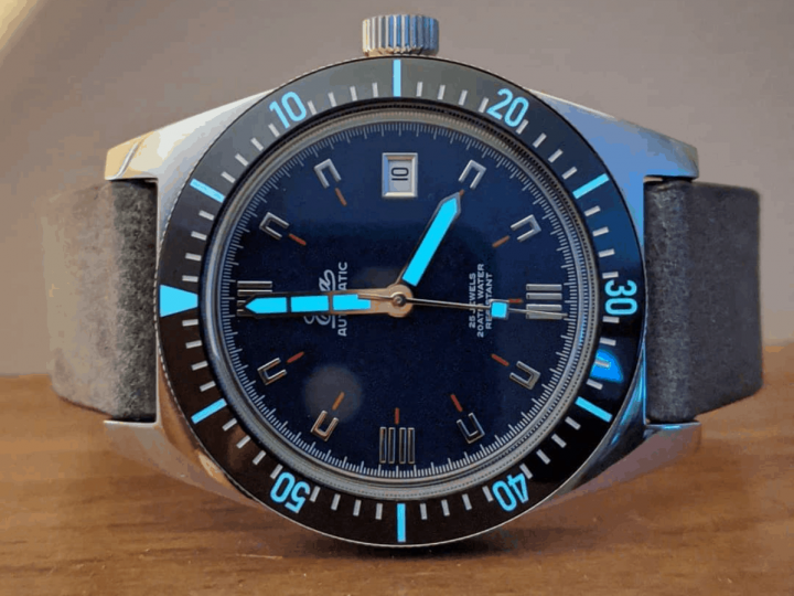 MyTime2watch tested our large 1972 with blue dial.